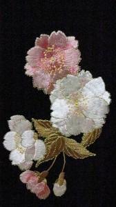 豪華な桜のワンポイント刺繍入り・・・ (フォーマル・お洒落着にコーディネート)